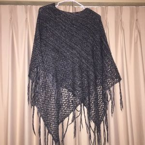 Sweaters - shawl / poncho